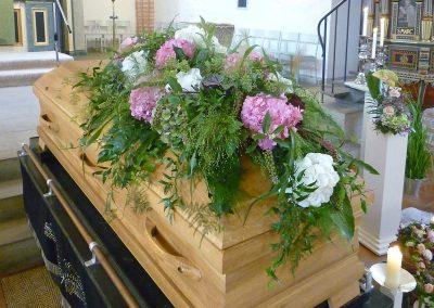 Wellborg-Bestattungen SARGGESTECK 1040736