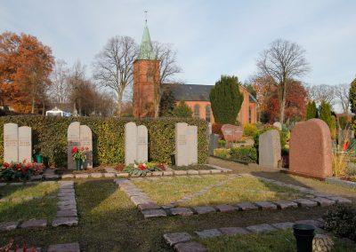 Wellborg-Bestattungen_FRIEDHOF_Kirche-Oyten_5952